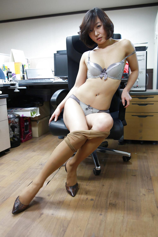 skinny spanish girl nude