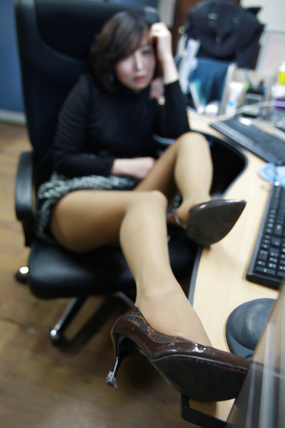 korean office girl naked