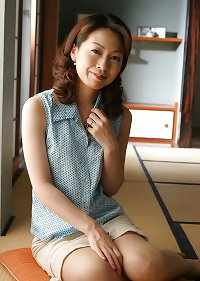 Japanese Mature Woman 14